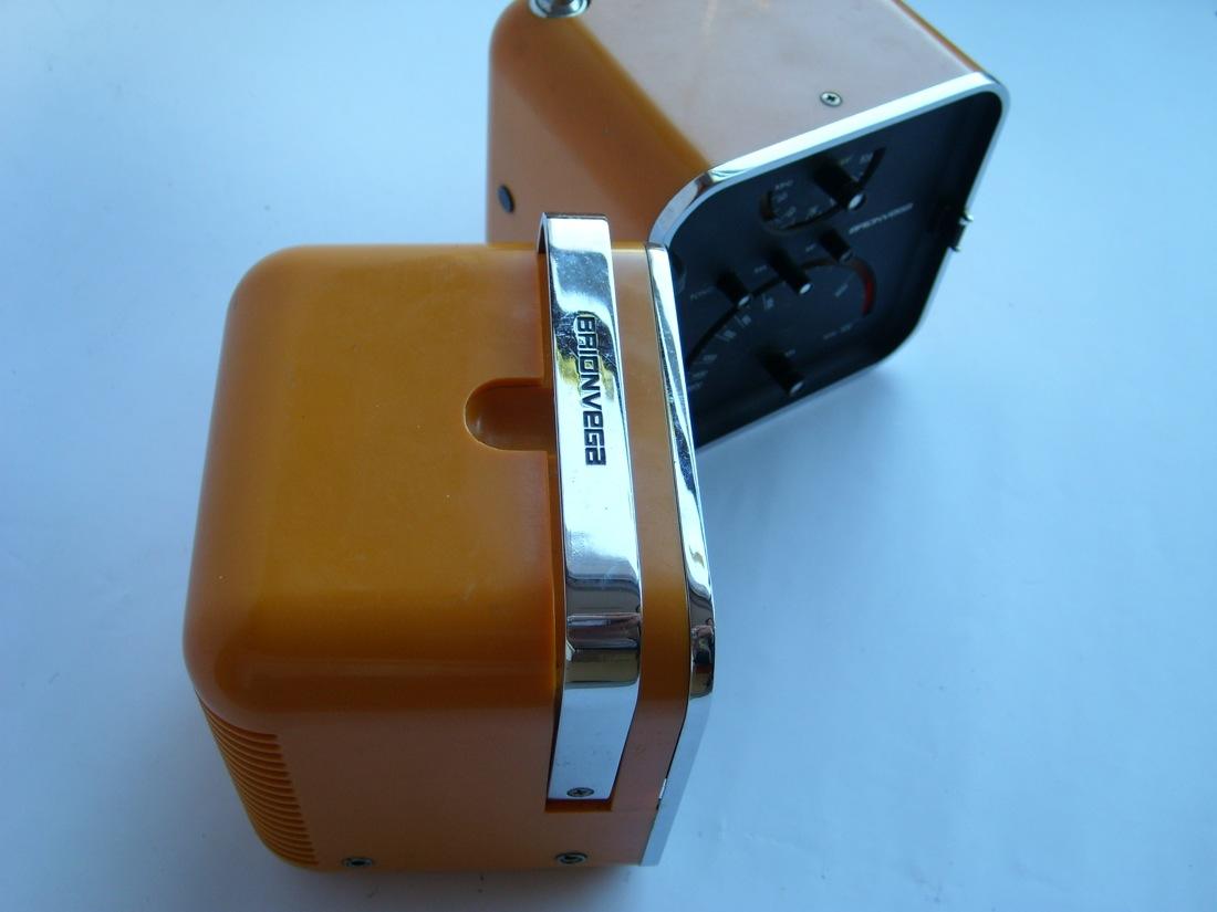 Aaw Radio Brionvega Cubo Ts502 502 Giallo Ocra Colore