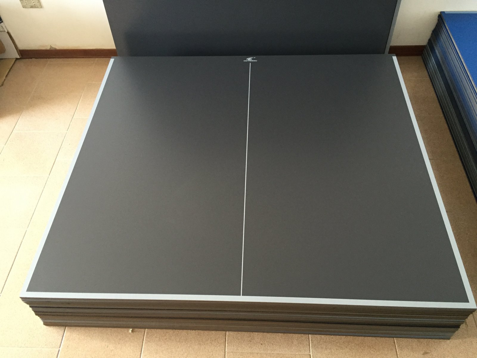Piani pannelli per tavolo ping pong ping pong grigio for Piani patio esterno